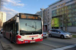 Bus 60A auf der Anton-Baumgartner-Straße