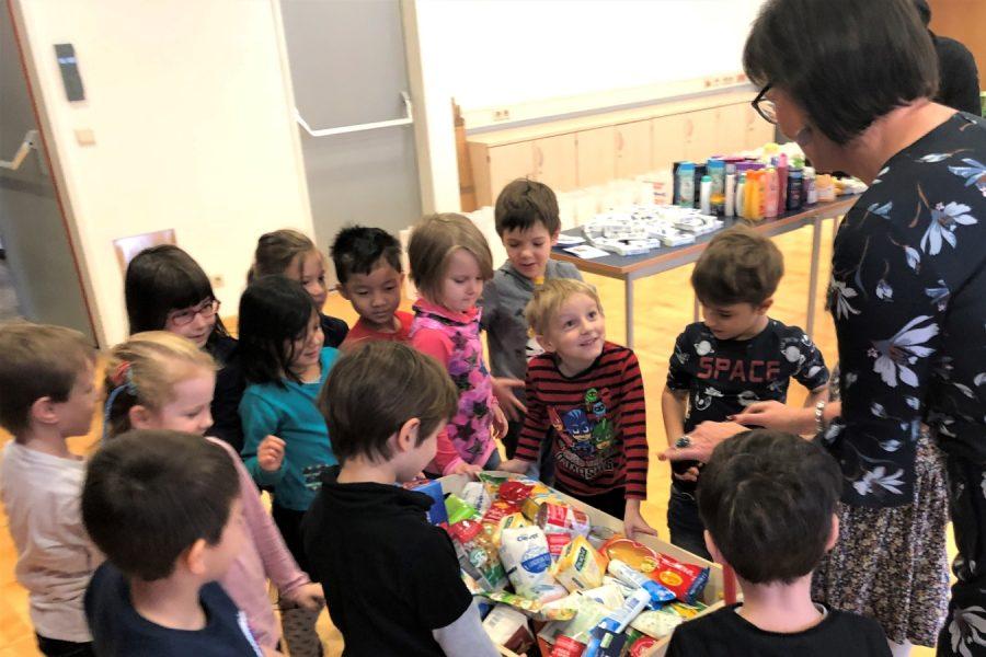 Andrea Krischke-Bischof mit Kindern