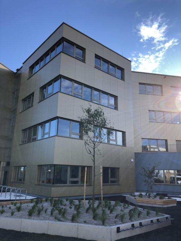Schulgebäude neue Volksschule Carlberger Gasse
