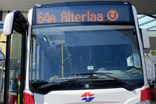 Bus 64A von vorne